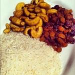 riz basmati, raisins secs et noix d'acajou