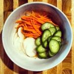 Incorporer les légumes à la marinade et laisser reposer