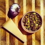 Ail, parmesan, pistaches grillée
